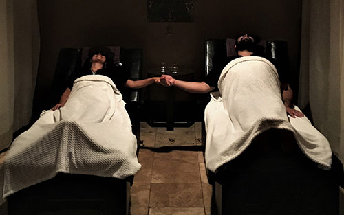 Couples massage experience in Athens