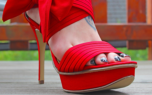 Metatarsalgia can be caused from poorly sized or shaped shoes or exercises