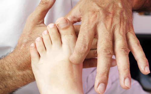 Parkinsons disease treatment and therapy reflexology massage